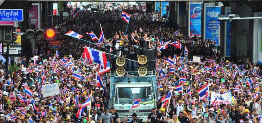 タイ政治デモ
