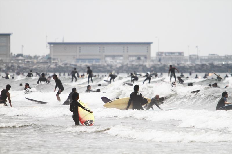 日本人サーファー