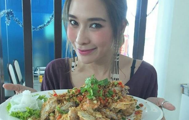 タイ女性 食事大好き