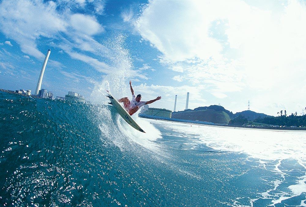 福島 原発近くのサーフィン