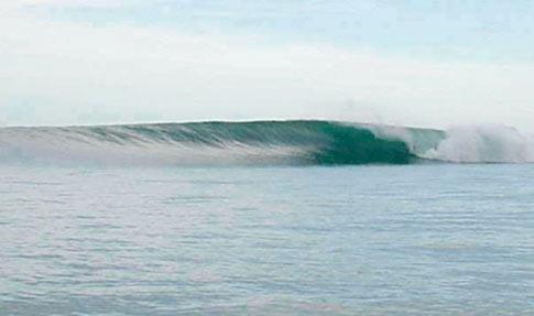 タイの無人波