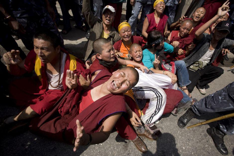 チベット人への弾圧