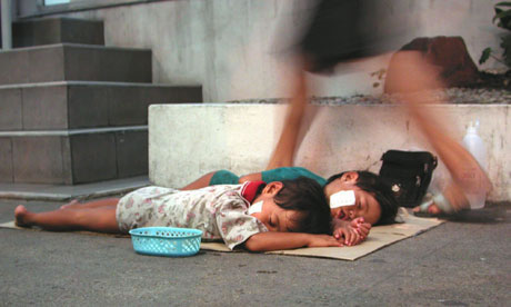 Thai-Children-Begging-for-Money
