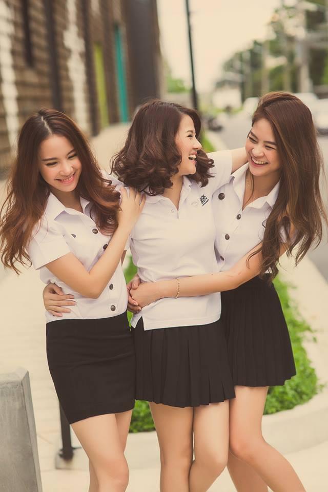 バンコク大学可愛い女性