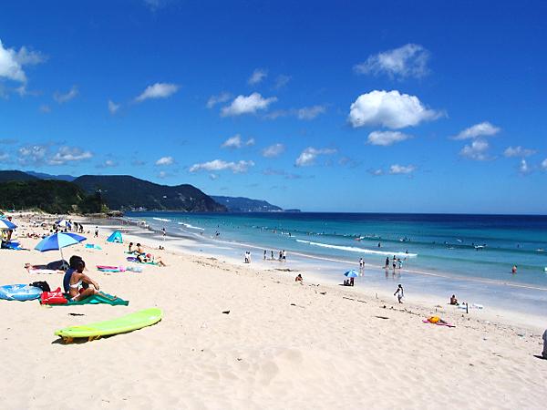 綺麗な日本のビーチ