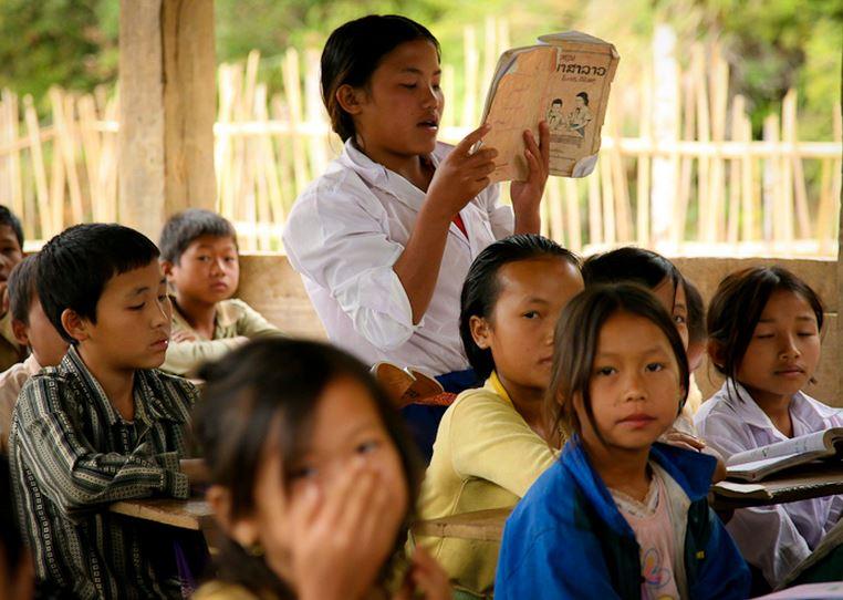 アジアに学校を作る