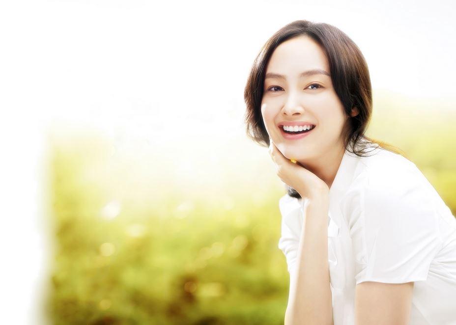 韓国天使系女性