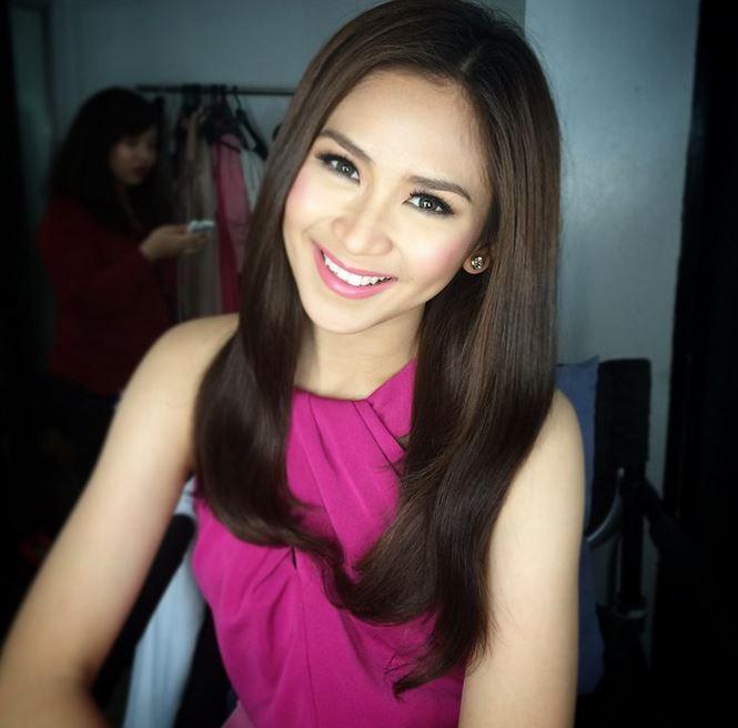 フィリピン可愛い女性
