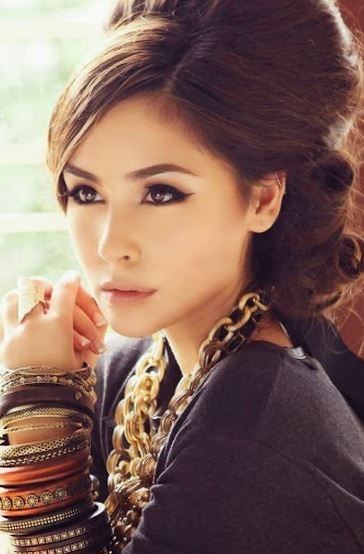 才色兼備のフィリピーノ美人