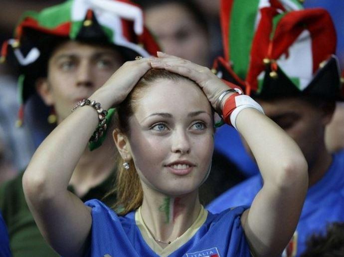 イタリア美人サポーター