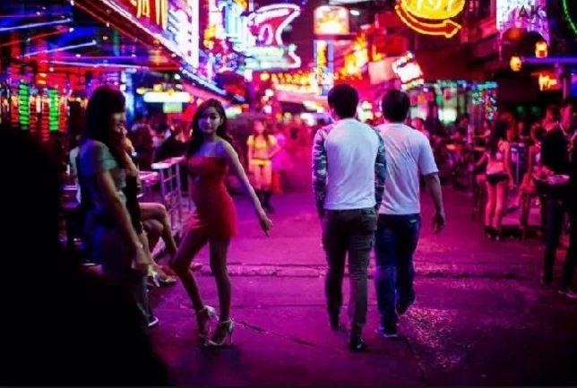 タイ旅行避ける事