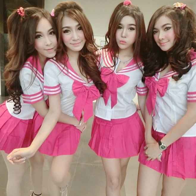 タイのモデル仕事