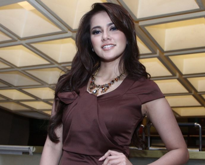 インドネシア女優
