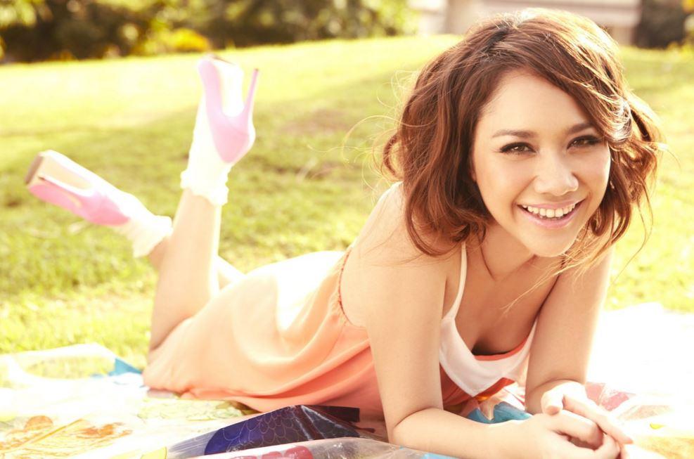 超可愛いアジア女性