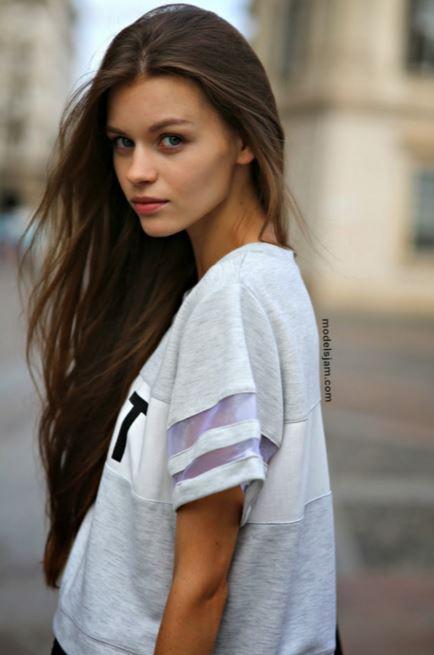 スーパー美人モデル