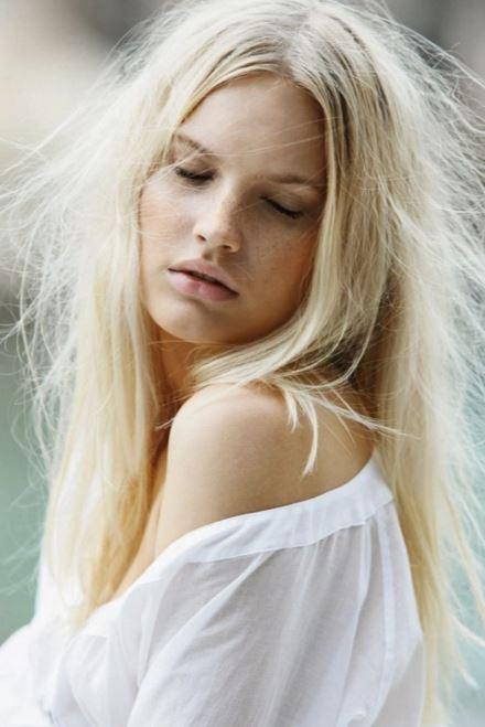 綺麗な金髪