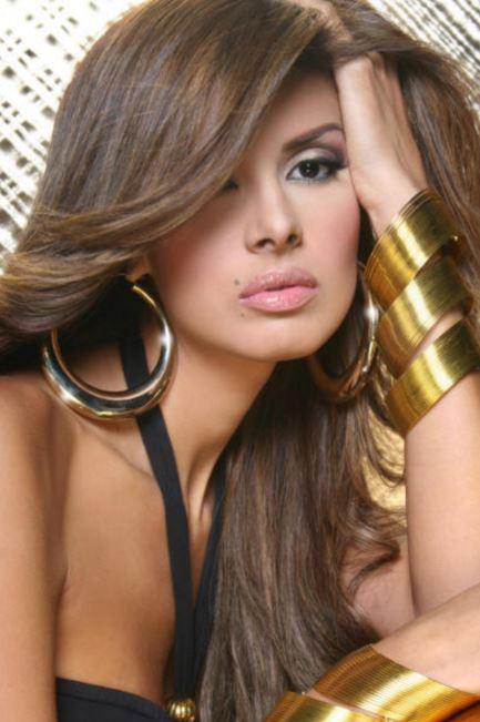 ベネズエラのギャル系美女