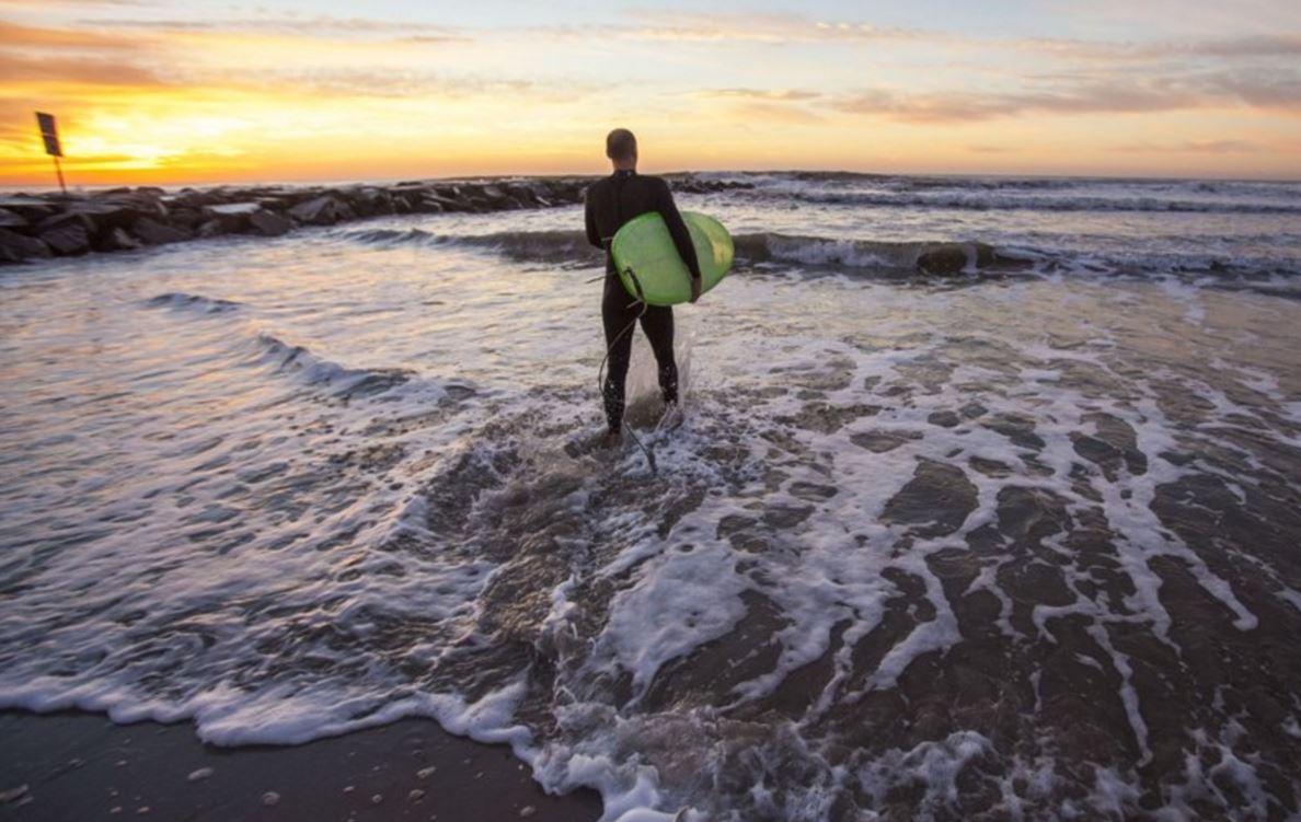サーフィン早寝早起き