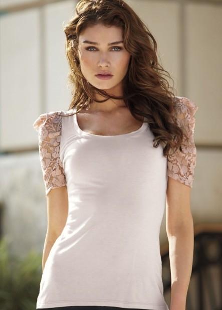 金髪美人モデル