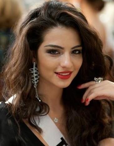 トルコ系オランダ人美女