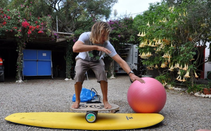 SurfingBalanceBoard