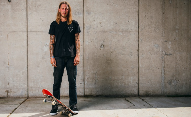 riley-hawk